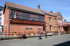 Clifden_Station_House