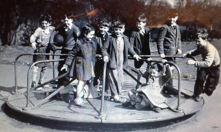 Petra 21 Dumbarton playtime roundabout