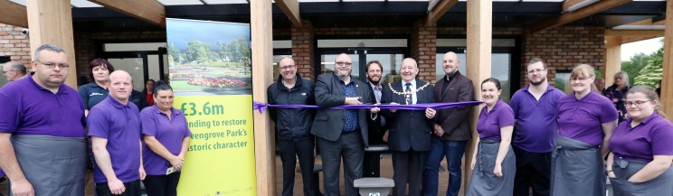 Levengrove Park Launch PIC SHOWS Council leader Jonathan McColl opens the Cafe with Provost Hendrie and staff other council members