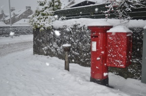 snow at the postbox at the junction of Bonhill Road and Townend Road, Dumbarton