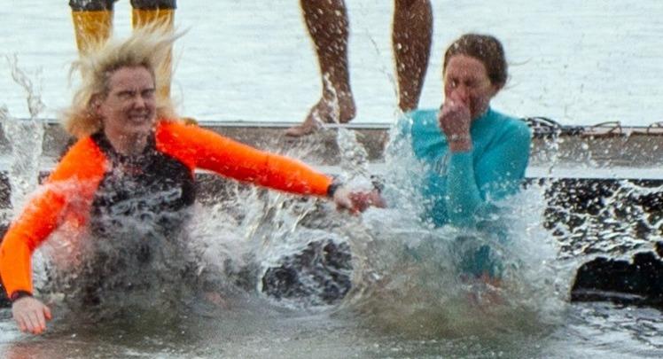 swam 10.jpg 11