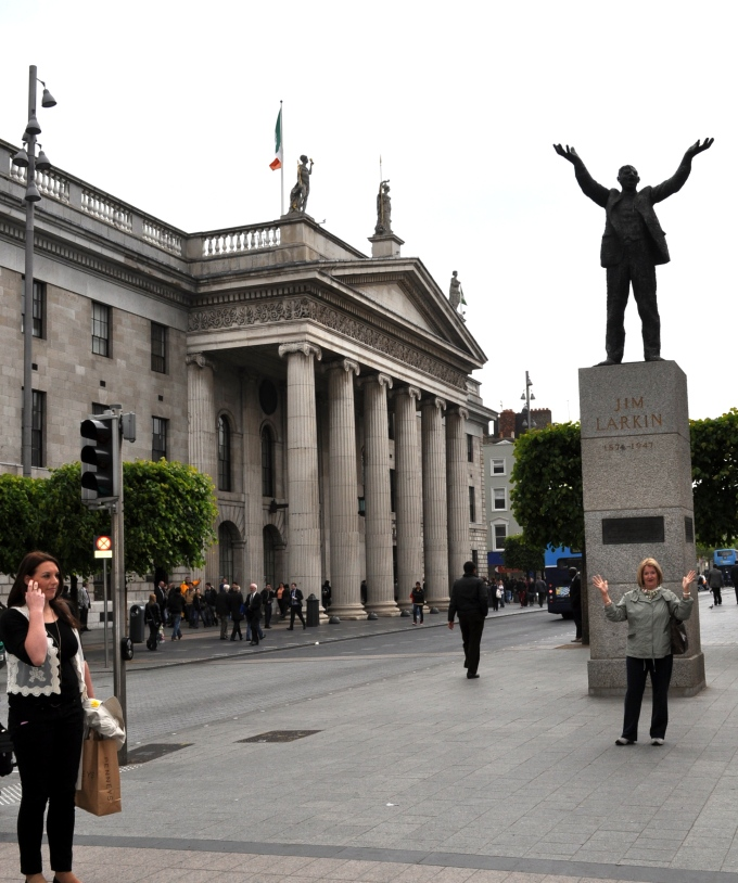 Dublin statues by Ken James Larkin pic by Bill