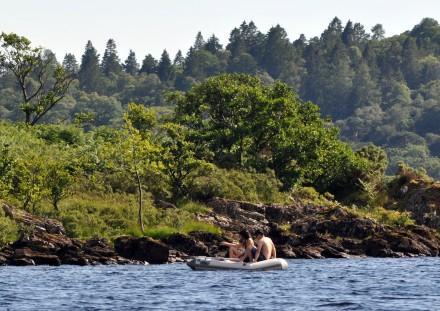 Fair 7 Couple seek a quiet spot out among the islands of Loch Lomond